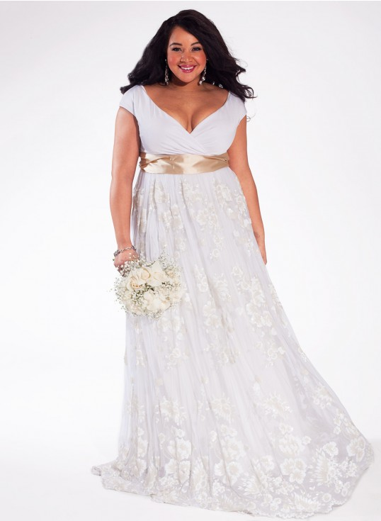 Dress Post of the Day} IGIGI – Eugenia Vintage Plus Size Wedding ...