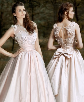 Dreamy wedding dress can be get in low cost | Plus Size Wedding ...