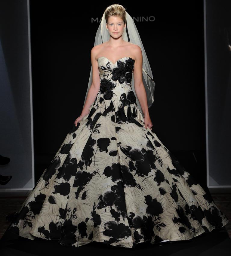 Top10 daring wedding dresses  03