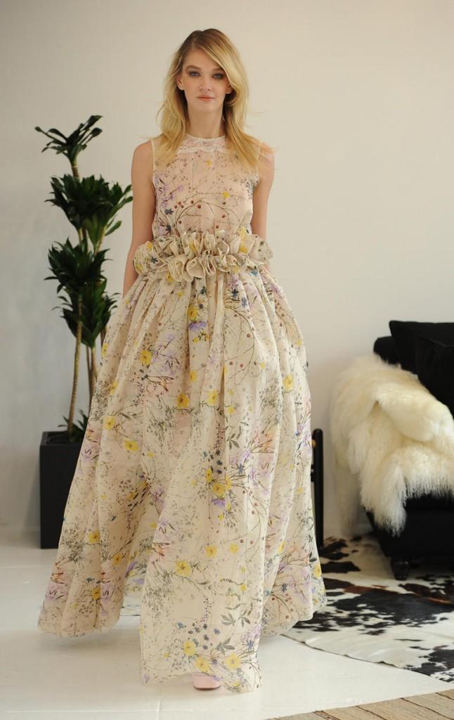 Top10 daring wedding dresses  04