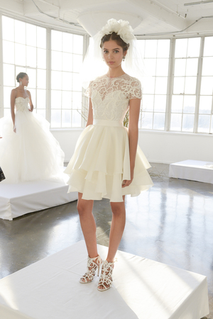 10 sexy dancing wedding dresses 04