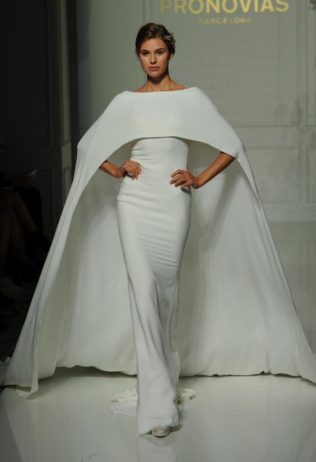 Top10 daring wedding dresses  08