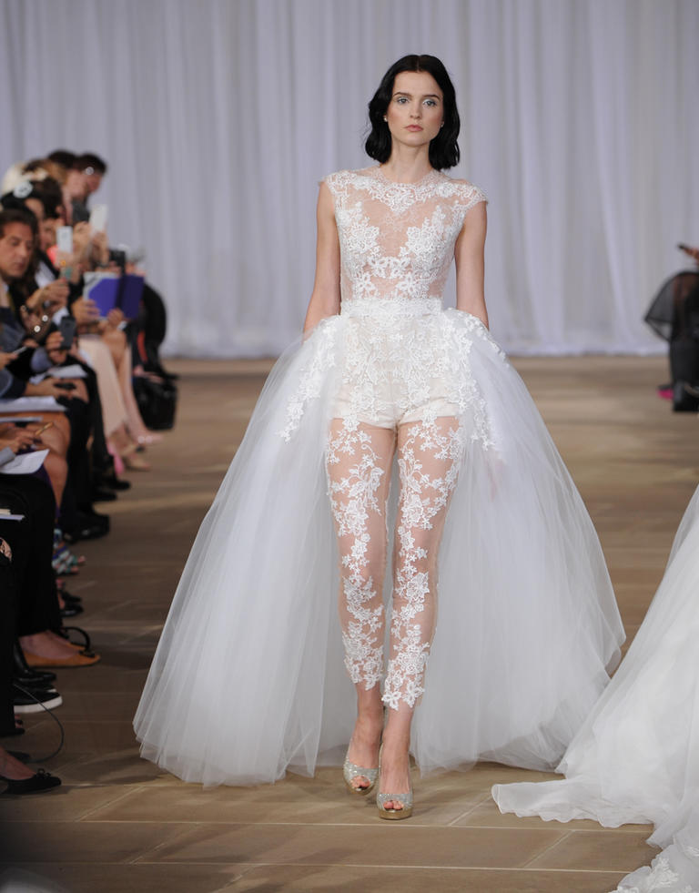 Top10 daring wedding dresses  10