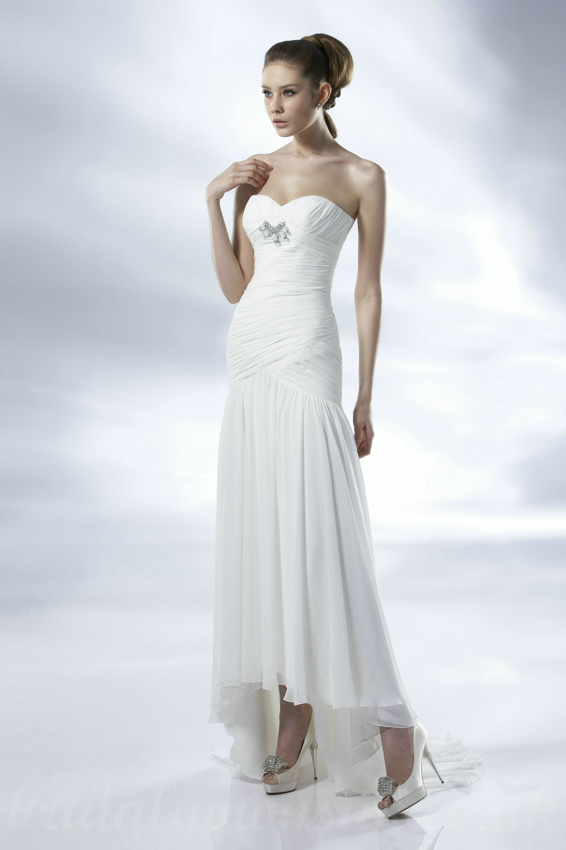 Top10 gorgeous affordable wedding dresses plus size for Affordable wedding dress designers