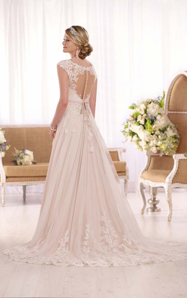 10 stylish designer wedding dresses 03