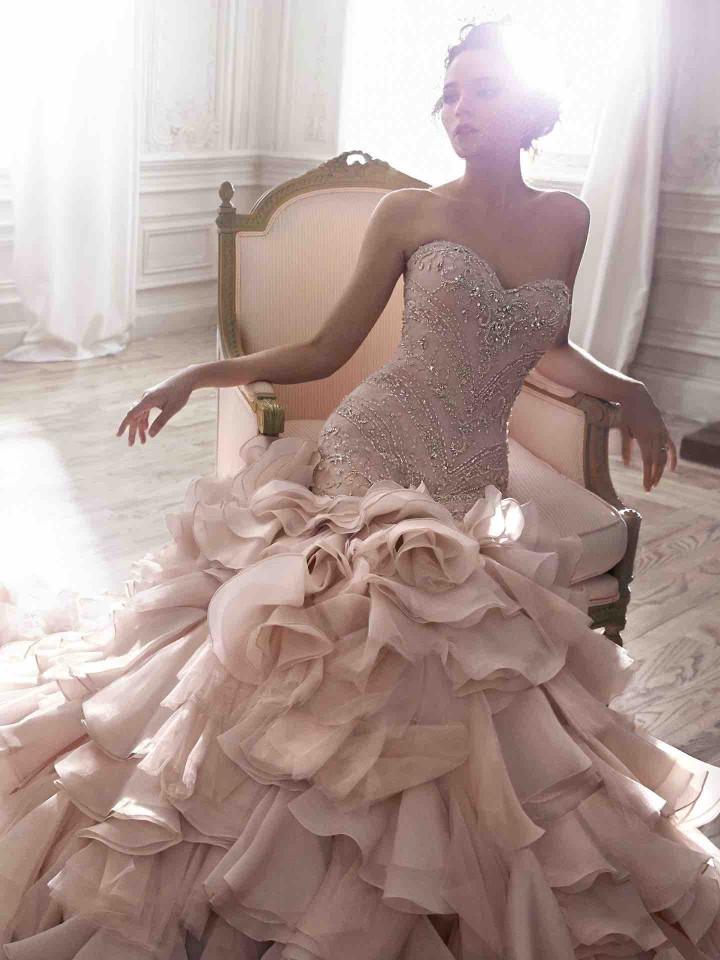 12 Chic and luxury wedding dresses 06