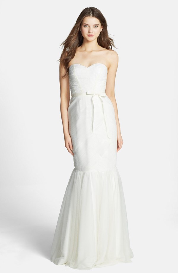 10 most cost-effective wedding dresses 05