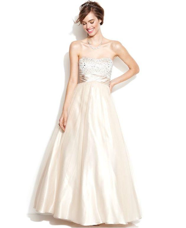 10 Dreamy Affordable Simple Wedding Dresses | Plus Size Wedding ...
