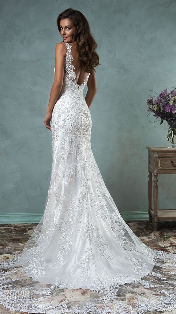 10 low back wedding dresses brides must love 03