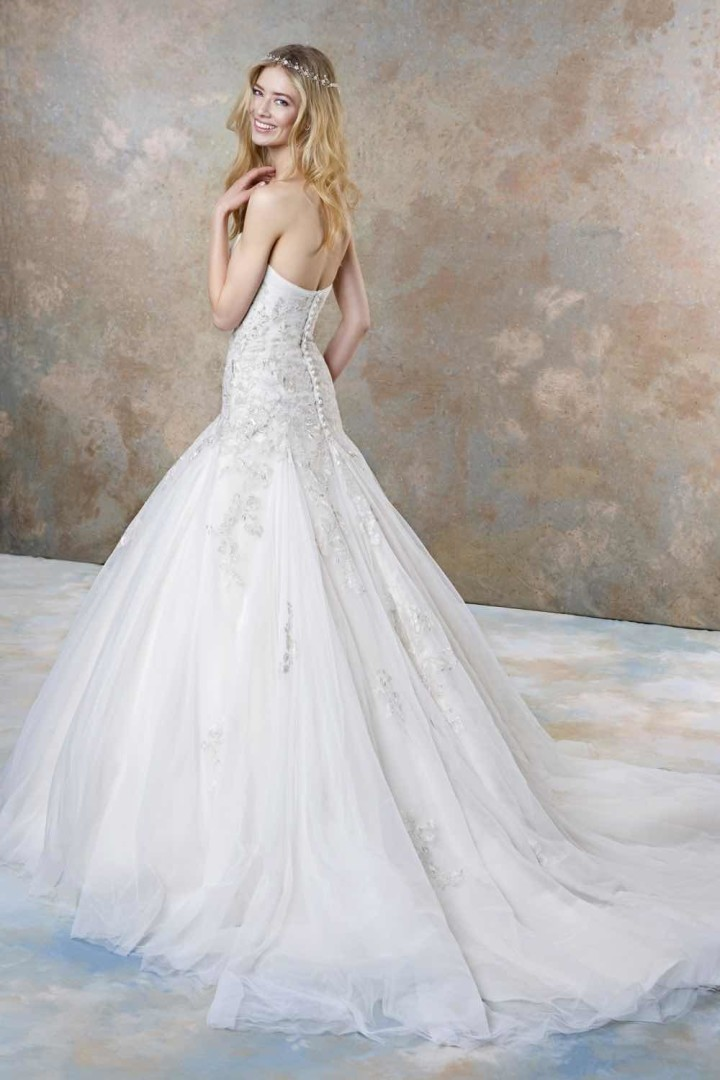 92b98894107 Stunning And Sophisticated Ellis Bridals Wedding Dresses - Plus Size ...