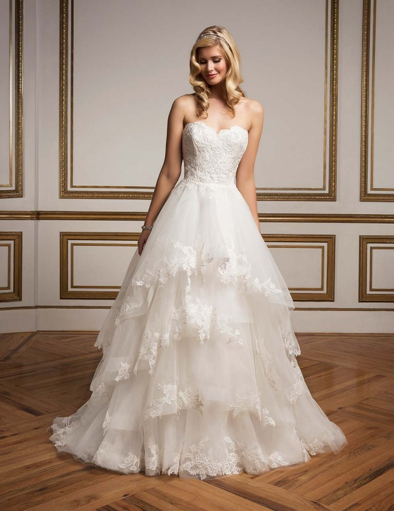 Top10 sexy tiered wedding dresses 08