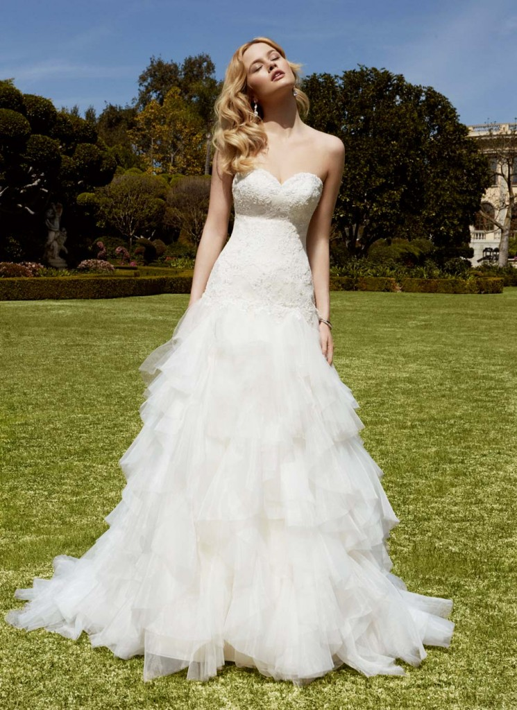 Top10 sexy tiered wedding dresses 04