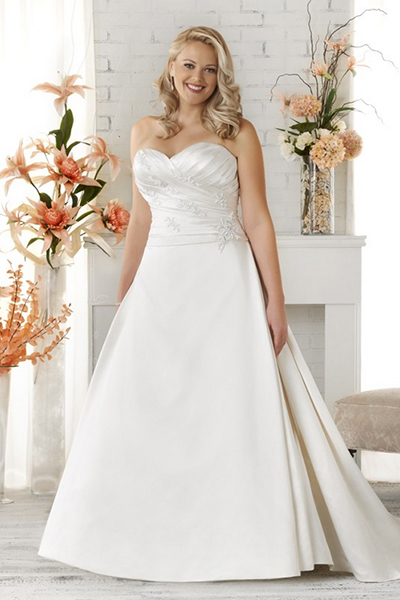 10 elegant plus size wedding dresses 07