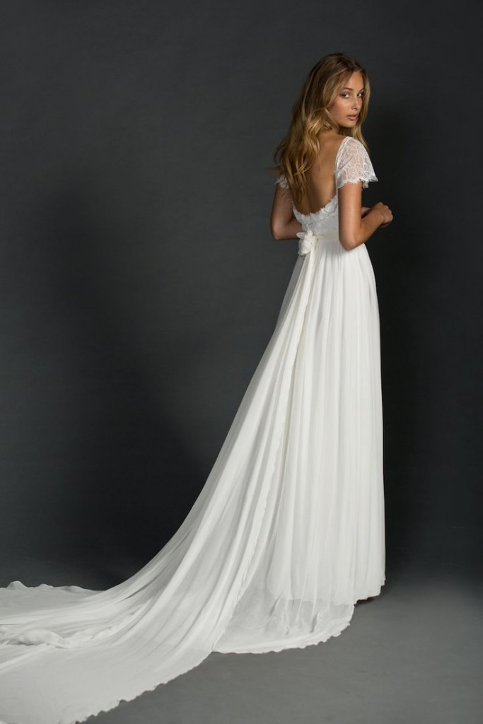 Affordable wedding dresses you should not miss 03