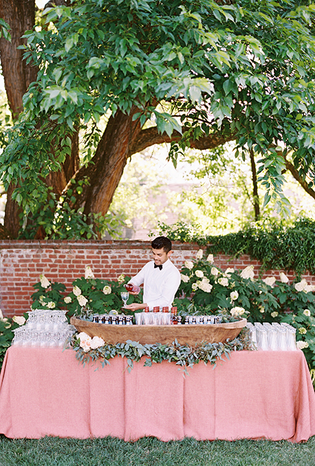 Sweet backyard wedding ideas