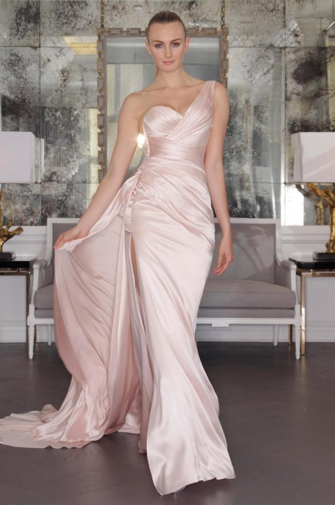 Romona Keveza's Fall 2016 wedding dresses 03