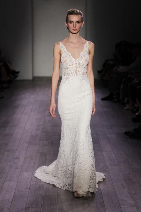 9 sexy wedding dresses for this fall season 04