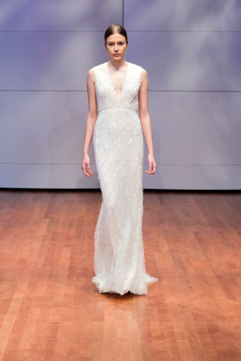 9 sexy wedding dresses for this fall season 07