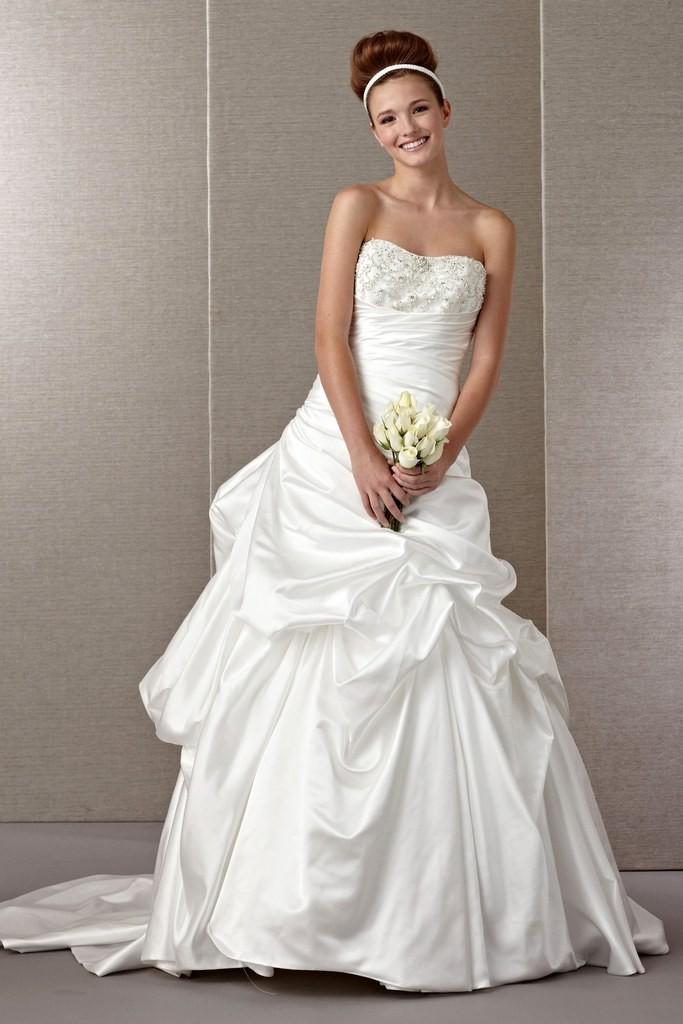 11 budget wedding dresses under $1,000 09