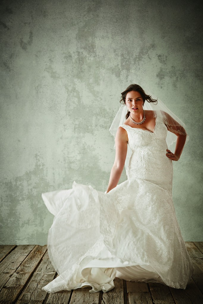 Your Dreaming A-line Fashion Plus Wedding Gown