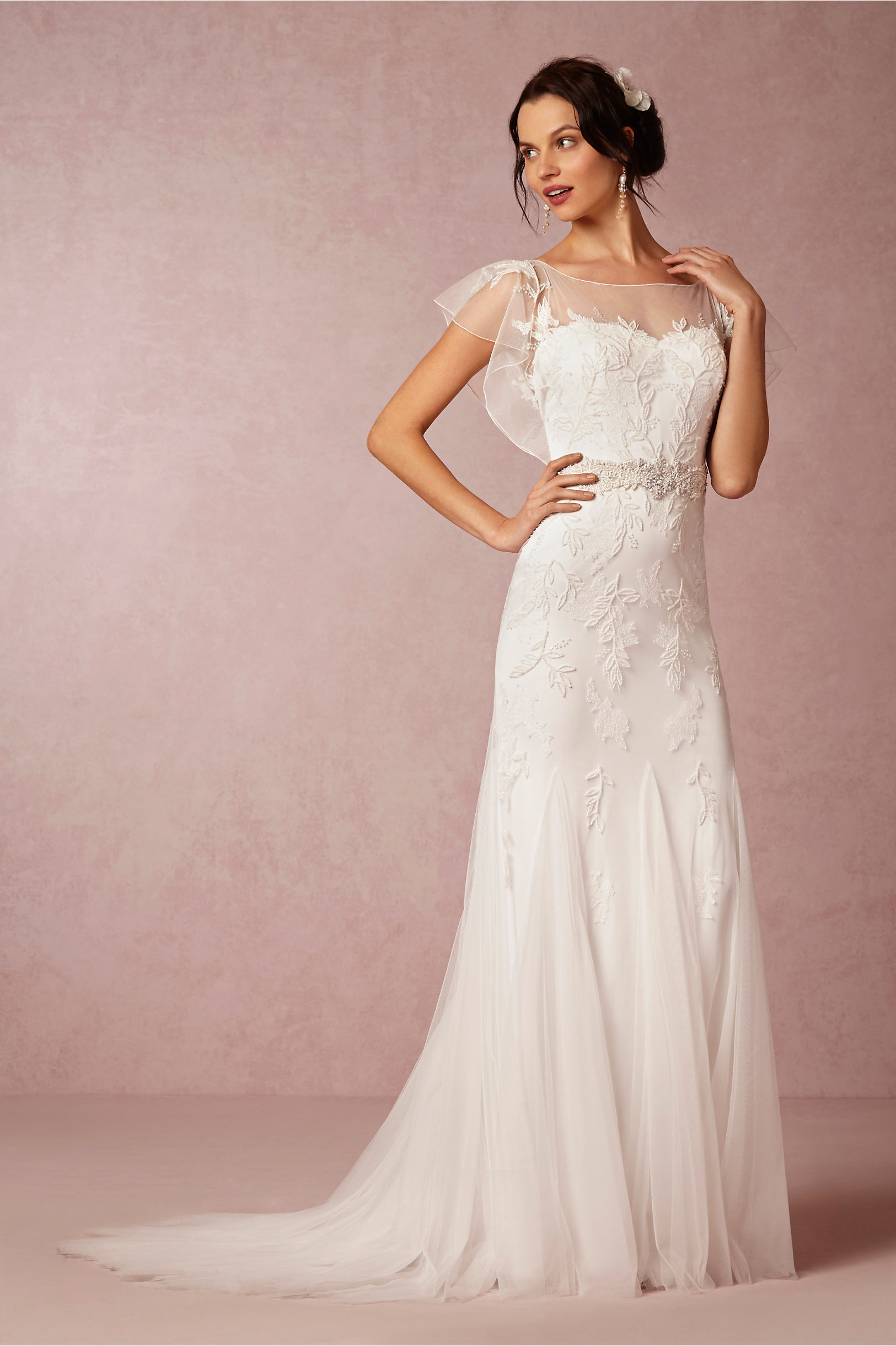 A Soft Luxury Wedding Dress For Slim Women