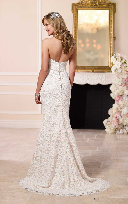 A Stylish A-line Lace Wedding Dress For Sexy Brides