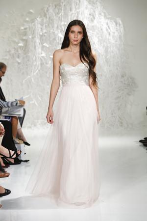 10 sexy dancing wedding dresses 08