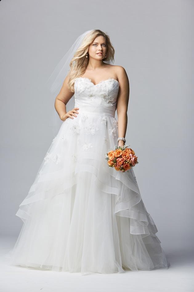 Plus size wedding dresses for curvy girls 10