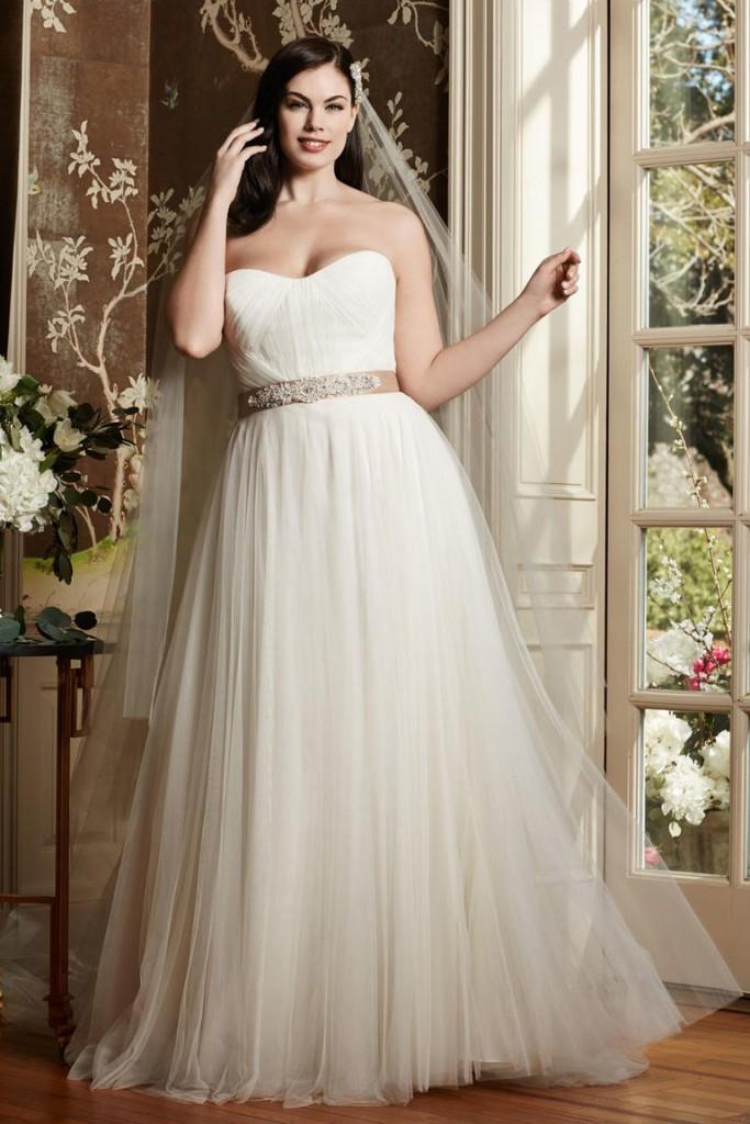 8 fashion style plus size wedding dresses for curve girls 06