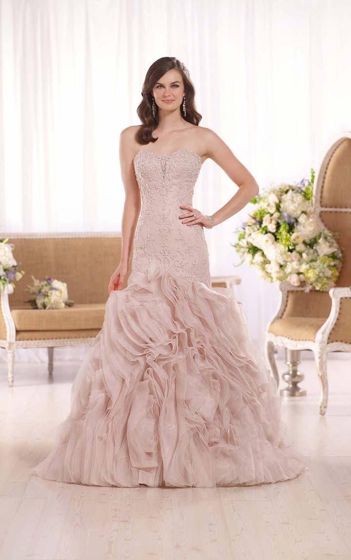 10 stylish designer wedding dresses 07