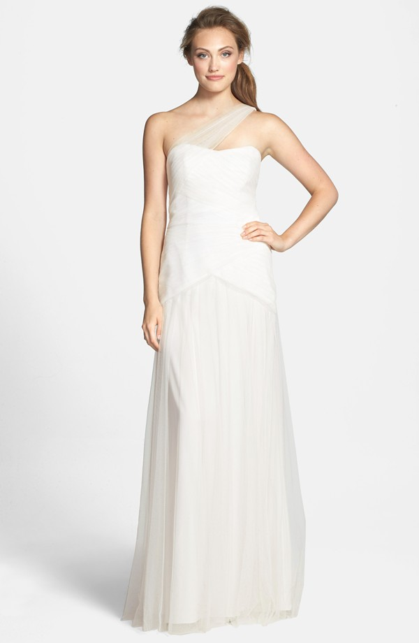 10 most cost-effective wedding dresses 04