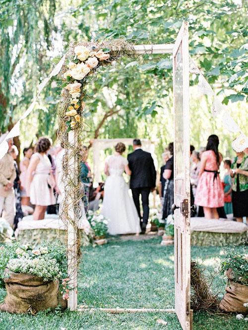 Top10 creative romantic garden wedding 09