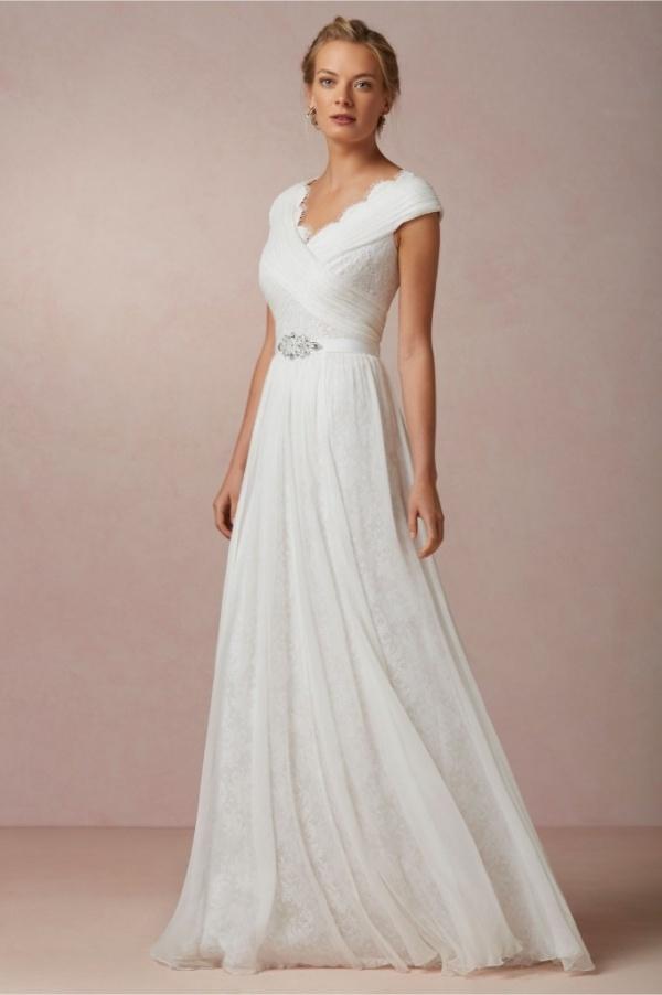 Top15 affordable wedding dresses under $500 15