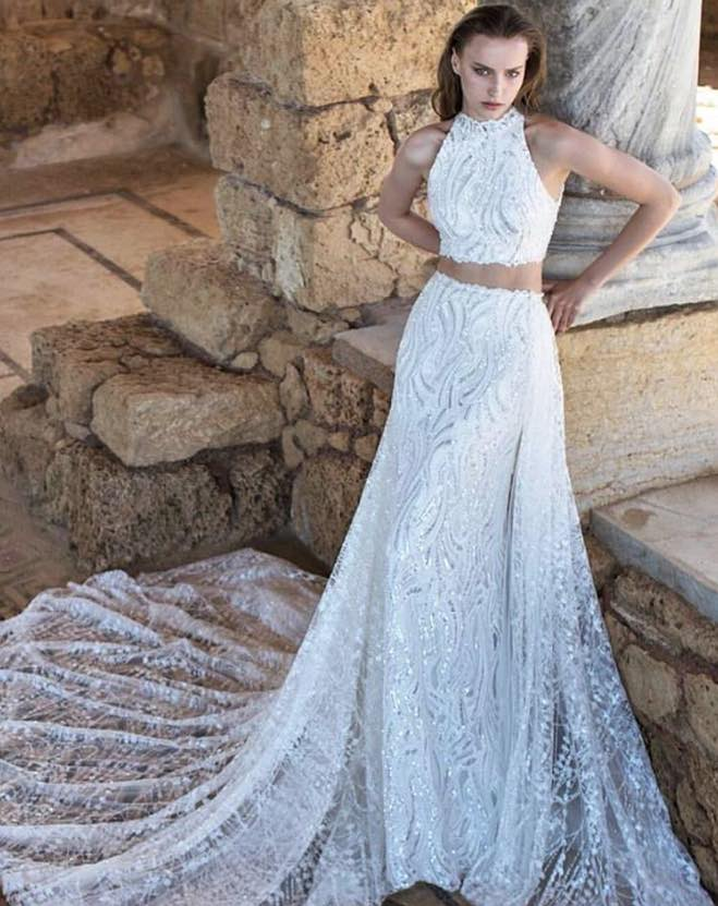 10 striking romantic wedding dresses