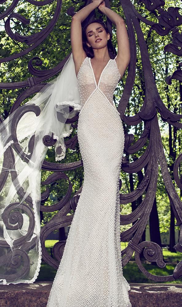 10 striking romantic wedding dresses 08
