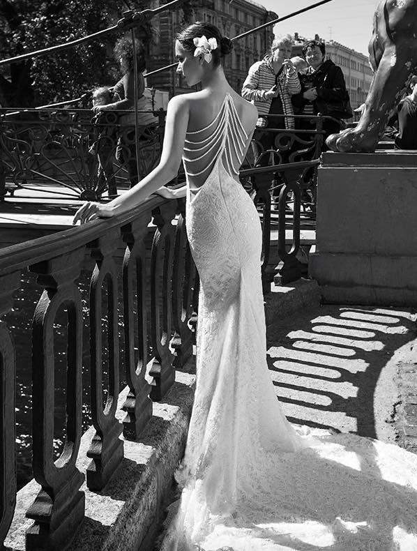 10 striking romantic wedding dresses 03