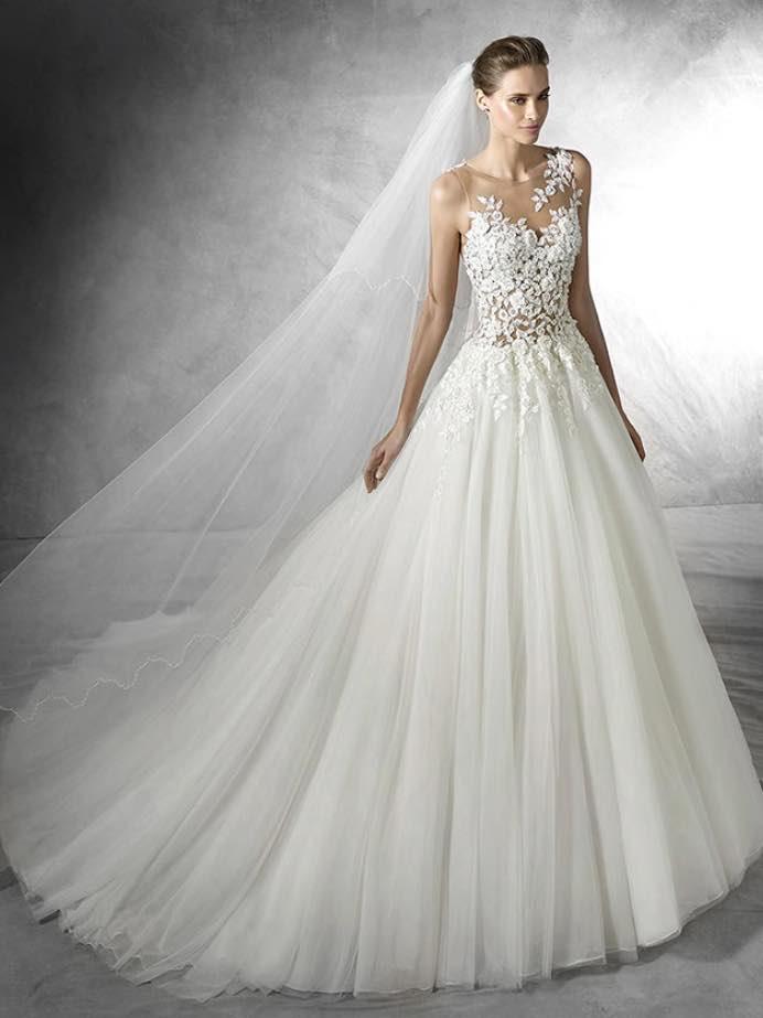 10 striking romantic wedding dresses 10