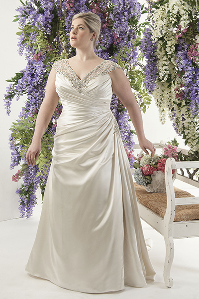 10 elegant plus size wedding dresses 05