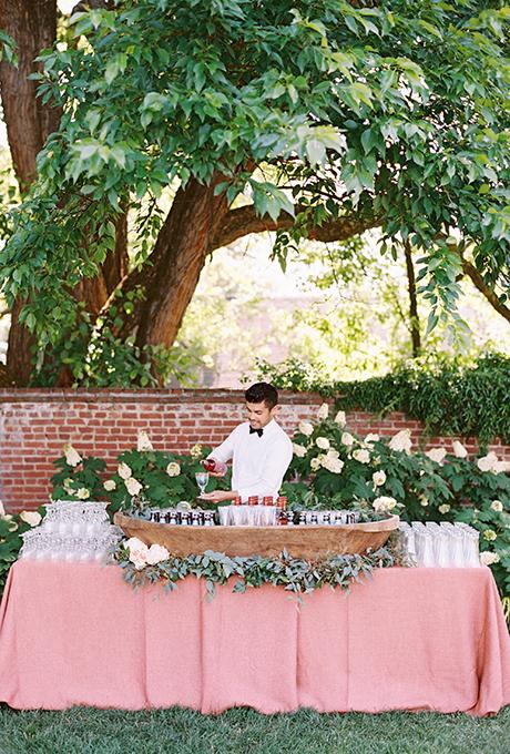 Sweet backyard wedding ideas