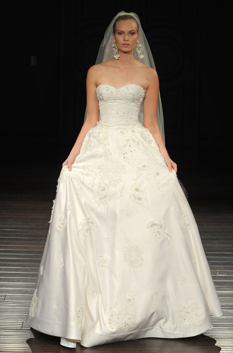 Bridal fashion Week-retro wedding dresses 08