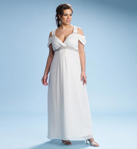 Plus size wedding dresses for curvy girl 06