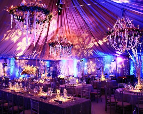 5 funny wedding themes