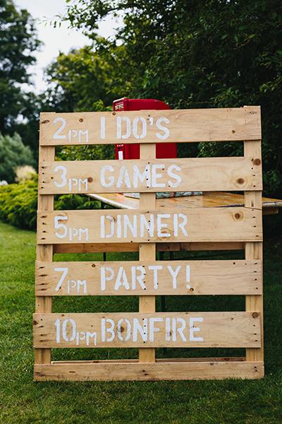 Romantic backyard wedding ideas  05