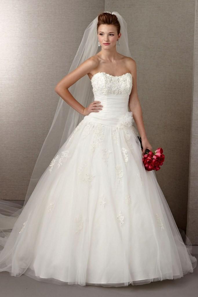 11 budget wedding dresses under $1,000 02