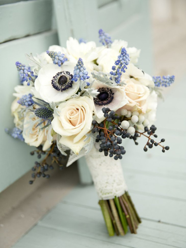 Elegant blue wedding bouquets 05