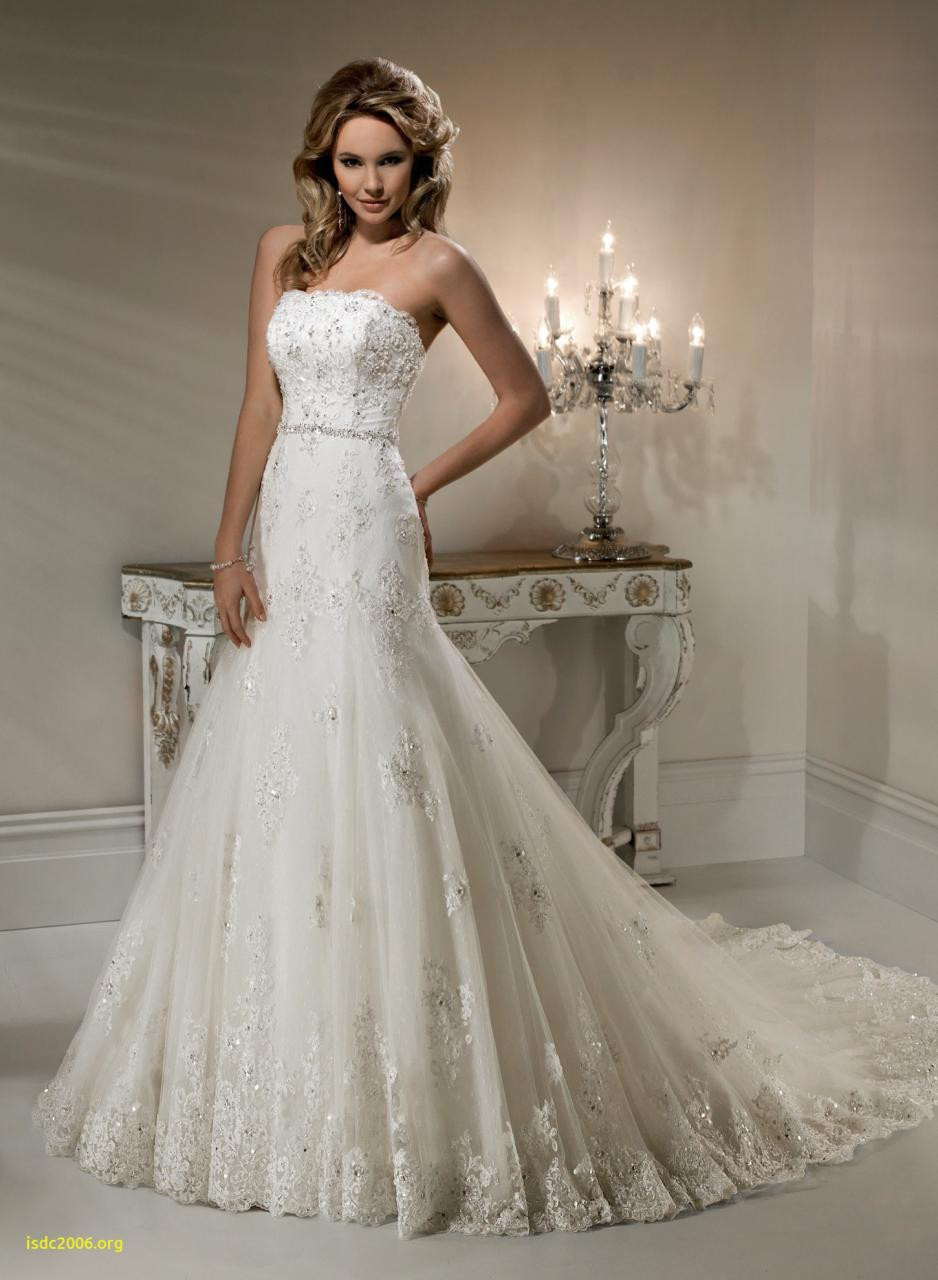 Plus size lace wedding dresses ideas Guide to ing Beautiful Coloured Wedding Dresses Plus Size